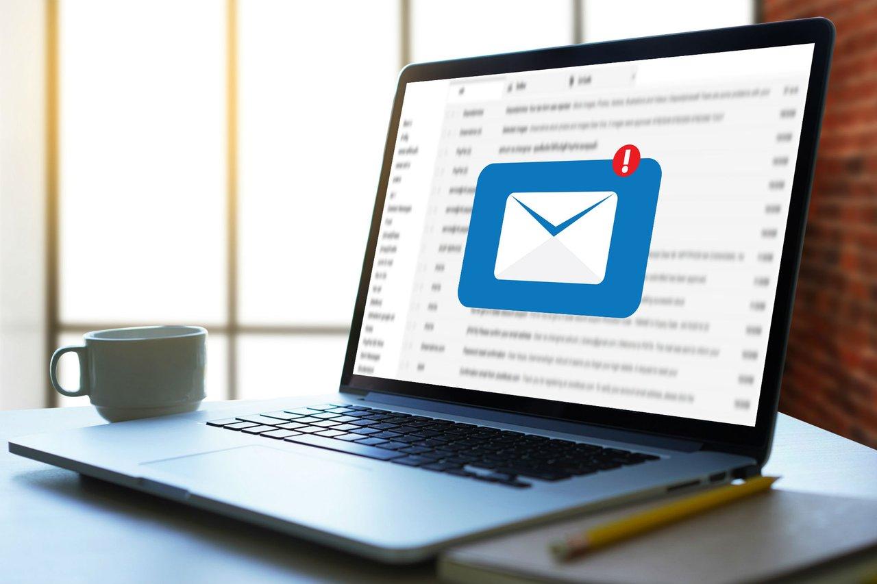 nuevo mensaje de correo electrónico